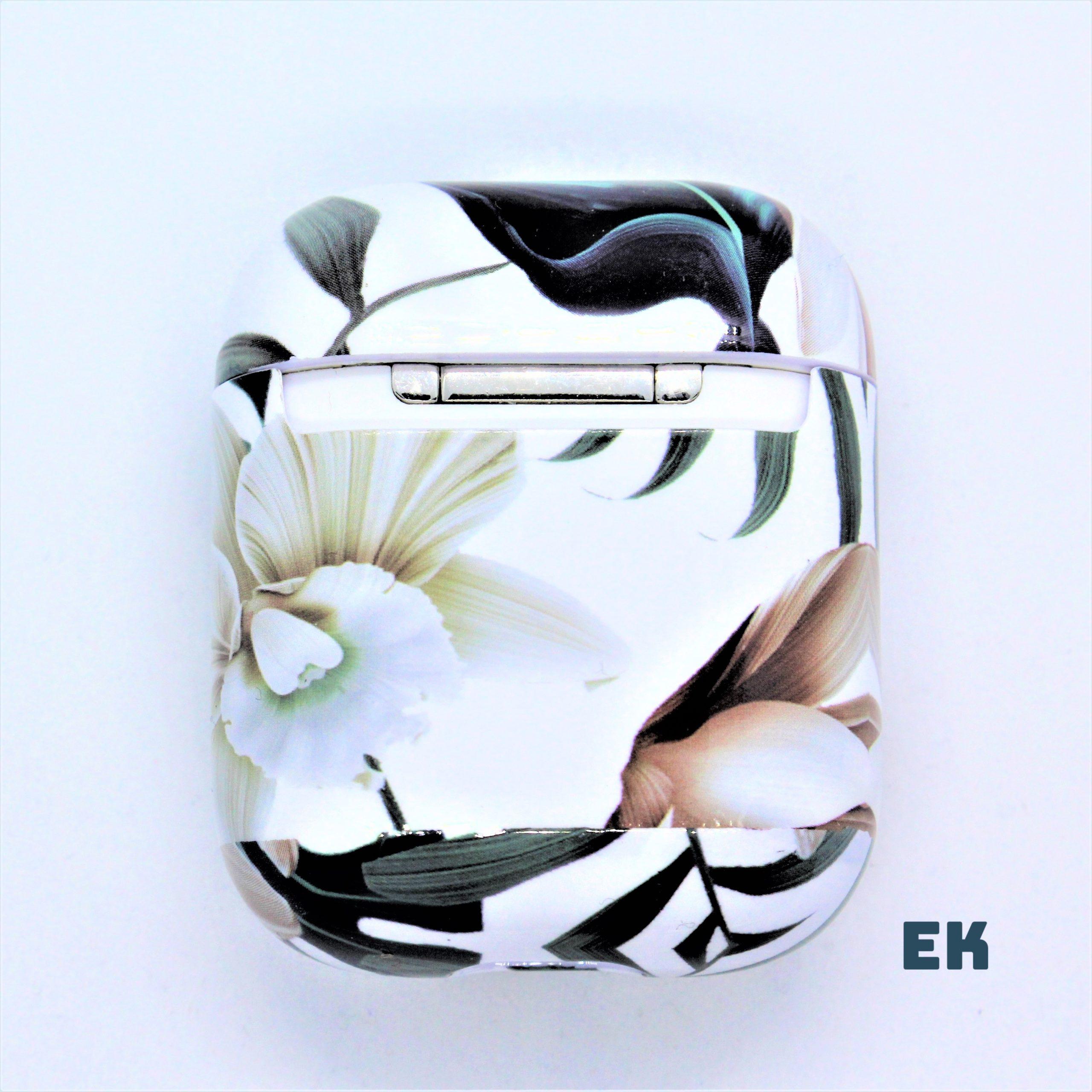 coque airpods fleur blanche 3