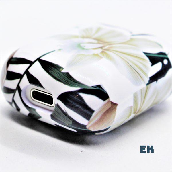 coque airpods fleur blanche 2